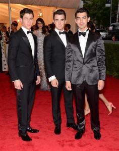 jonas brothers met gala 2012