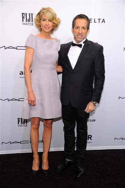 Jenna Elfman and Kenneth Cole