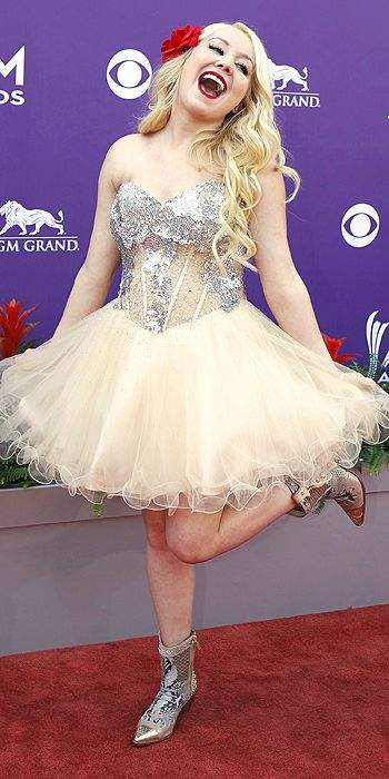 RaeLynn 2013 ACM awards