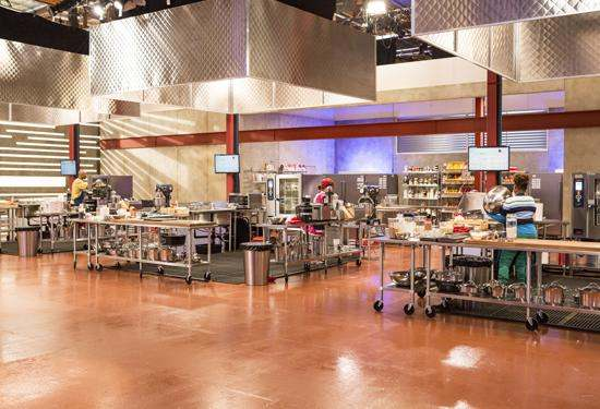 The fabulous kitchen of Supermarket Superstar