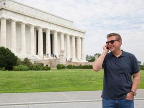 Host Tyler Florence throwing calling the end of the race in the DC